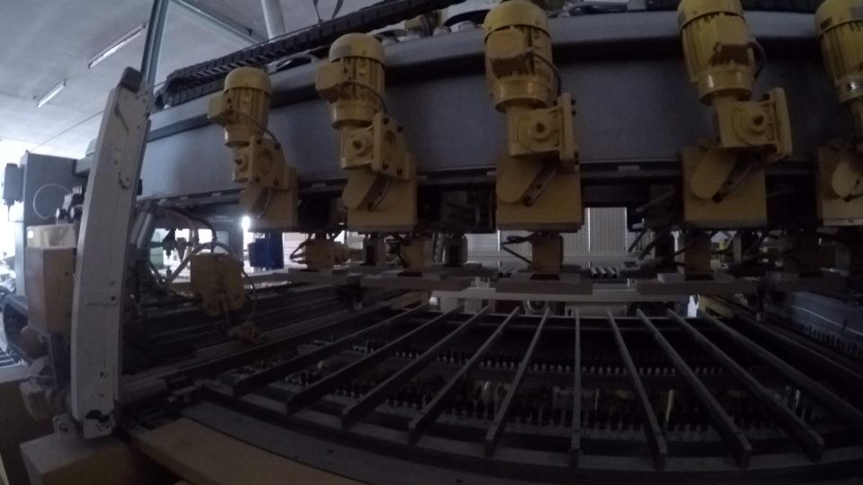 3D-Fräse Holzbearbeitung Massivholztür